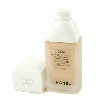 Le Blanc Light Mastering Whitening Fluid Foundation SPF 25. by Chanel for Women - 1 oz Foundation - # B10 Beige Pastel